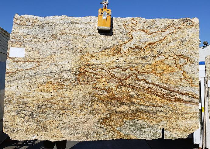 Juparana Golden Eagle full granite slab