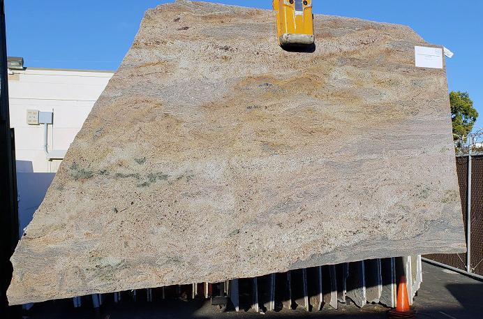 Juparana Multicolor Dorado full granite slab