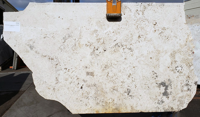 Pietra Toscana Light full travertine slab